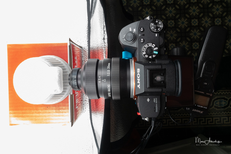 Mitakon 20mm F2 Supermacro 4-4.5X-12
