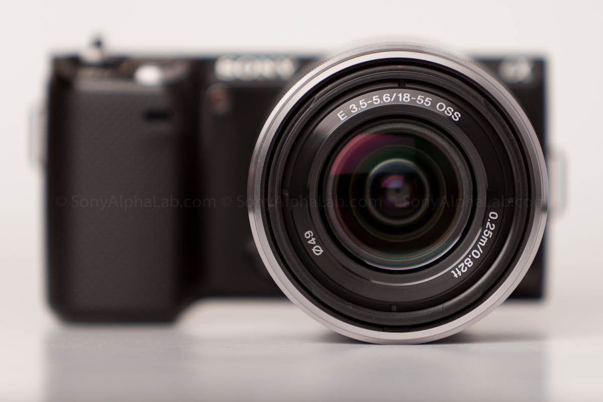 Sony E-Mount 18-55mm f/3.5-5.6 Zoom Lens on the Nex-5n