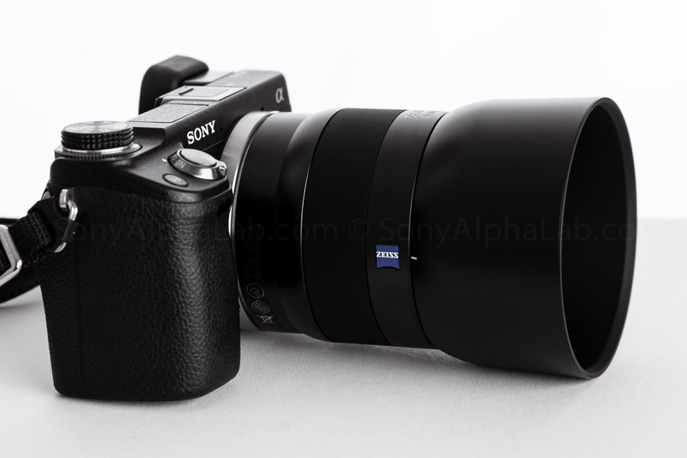 Zeiss Touit 32mm f/1.8 Lens on my Nex-6