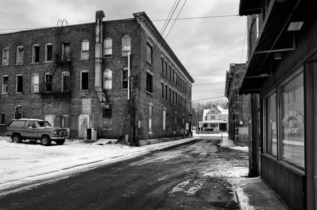 Streets of Monticello - Landfield Ave - Sony Nex-6