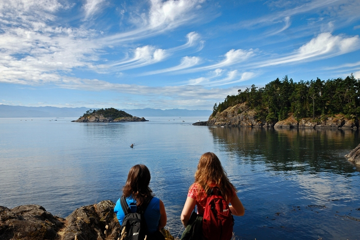 taking-in-the-view-at-copper-mine-east-sooke-park-1rs
