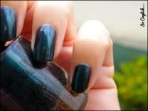 https://soonglishleblog.wordpress.com/2013/11/22/swatch-biguine-bleu-petrole/