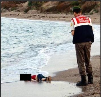 syrian children washed  up 02