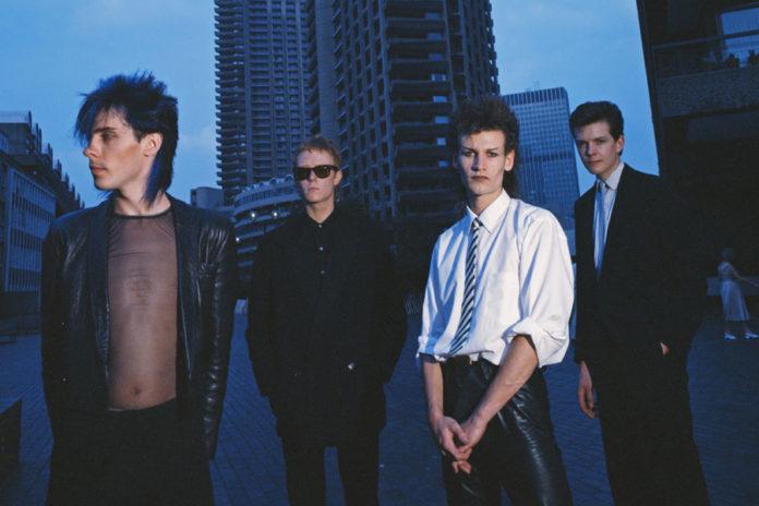 Integrantes da banda Bauhaus: Peter Murphy, David J, Daniel Ash, Kevin Haskins