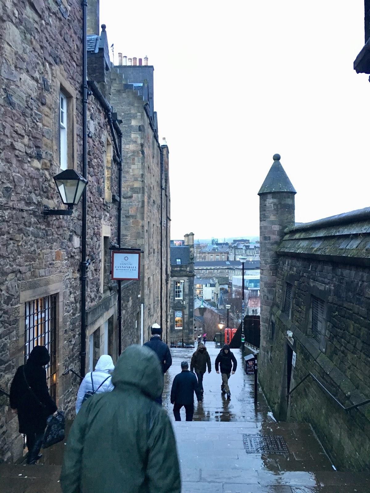 2017英國深度之旅-Day8(2)愛丁堡城堡,格子呢編織工廠,聖蓋爾教堂 | SophiaのPlaymobil摩比玩樂手帳