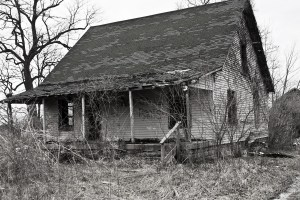 An abandoned house (public domain pictures).