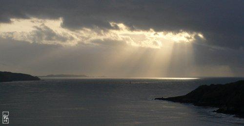 Sun Rays Behind The Goulet Rayons De Soleil Derrire Le Goulet Sophies Maze