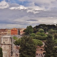 Visit the gorgeous Colosseum of Rome, the Palatino and Roman Forum