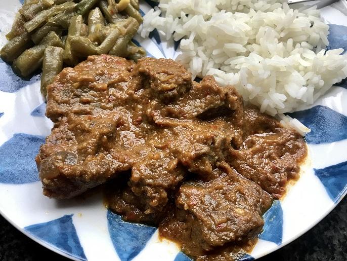 Indonesische rendang, heerlijk pittig stoofvlees