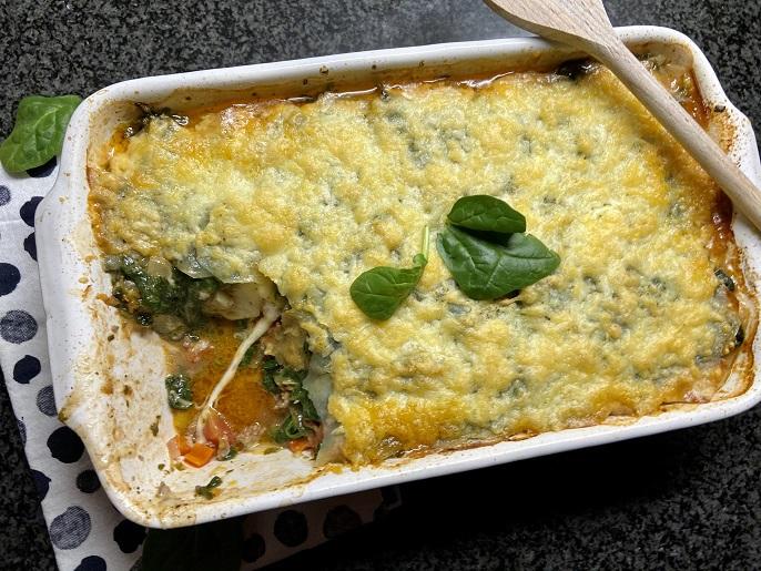 Aardappellasagne met spinazie, mozzarella en gehakt
