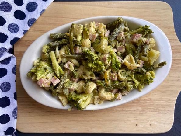 Pasta met broccoli, haricots verts en courgette