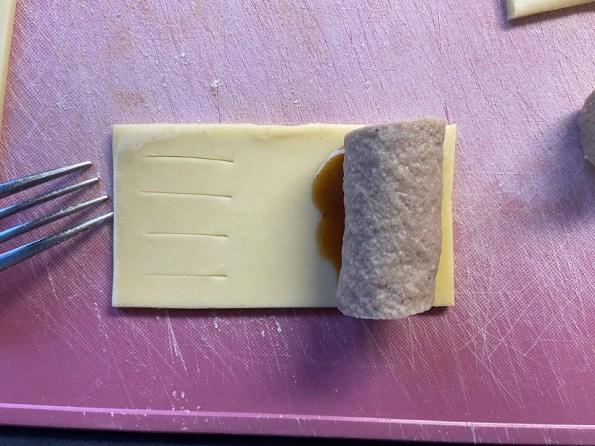 Glutenvrije mini frikandelbroodjes