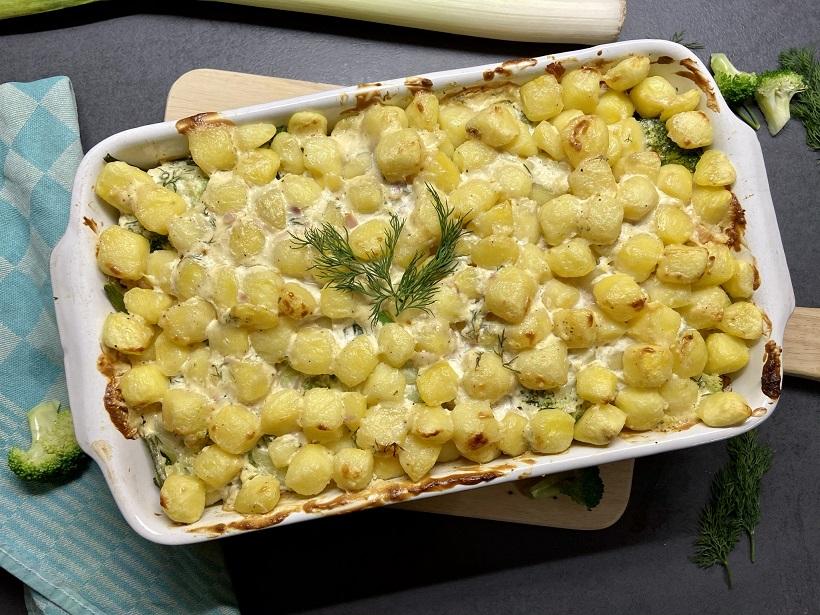 Visschotel met krieltjes, haricots verts en broccoli