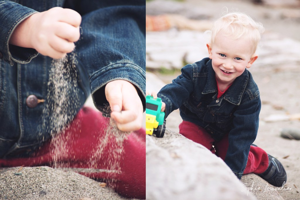 playing in the sand, little fingers