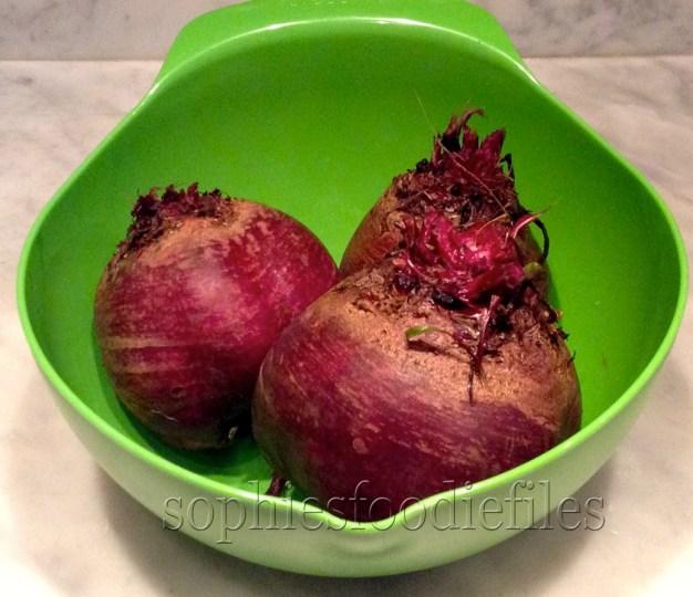 3 big Summer beets, type Bolivar
