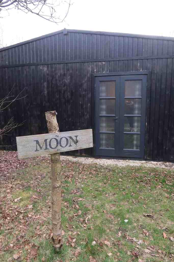 york accommodation moon suite