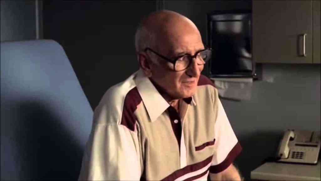 "Junior Soprano talking to Tony Soprano at the doctor's office in ""Knight in White Satin Armor"""