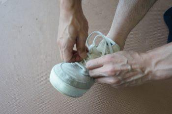 クツの履き方6