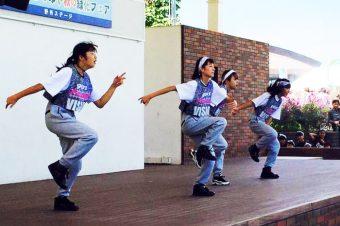 11/4 キッズダンスチームステージ!