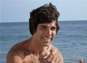 Dick Gautier as Carl, a beach fighting man.