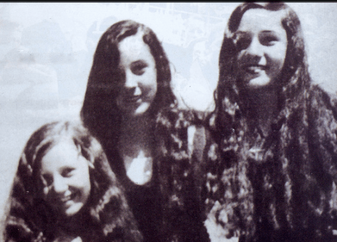Princess Fawzia (right) and two of her sisters.