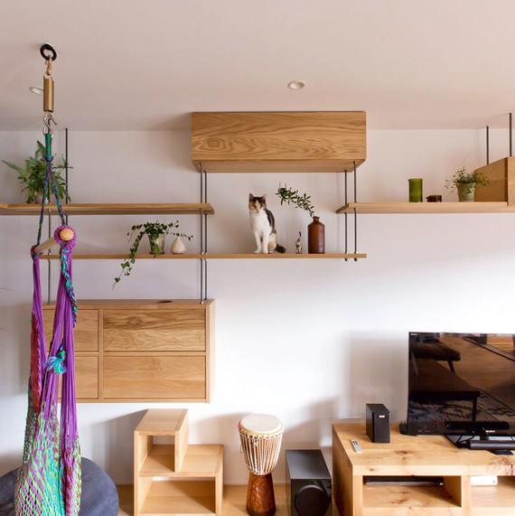 idee originale le chat et les etageres