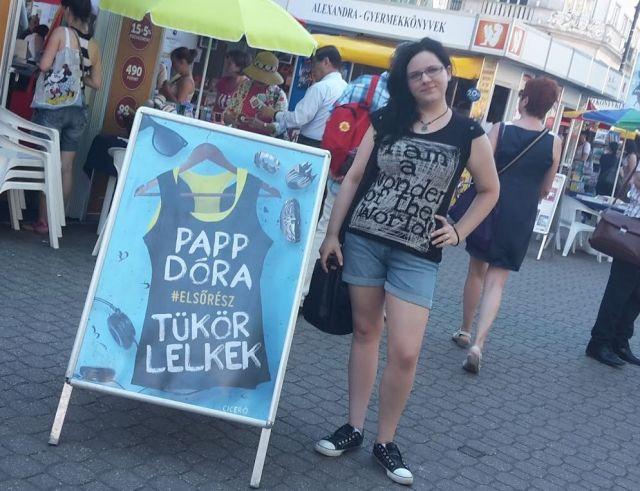 Papp Dóra a 2015-ös Könyvhéten
