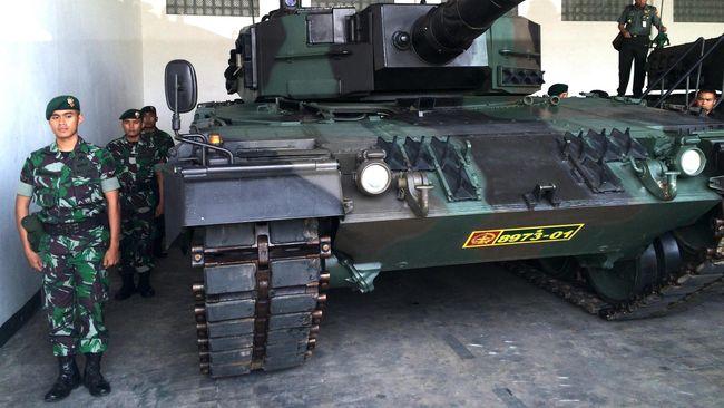 Puluhan Tank Leopard Pesanan TNI AD Tiba di Indonesia