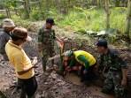 Karya Bakti Bersama Masyarakat Lanjutkan Benahi Dam Lo