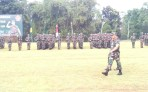 Kasad TNI Jendral TNI Mulyono saat cek pasukan pada upacara penutupan Lomba Ton Tangkas Periode II Tahun 2017 di Lapangan Pusdikif Pusenif, Cipatat, Kabupaten Bandung Barat