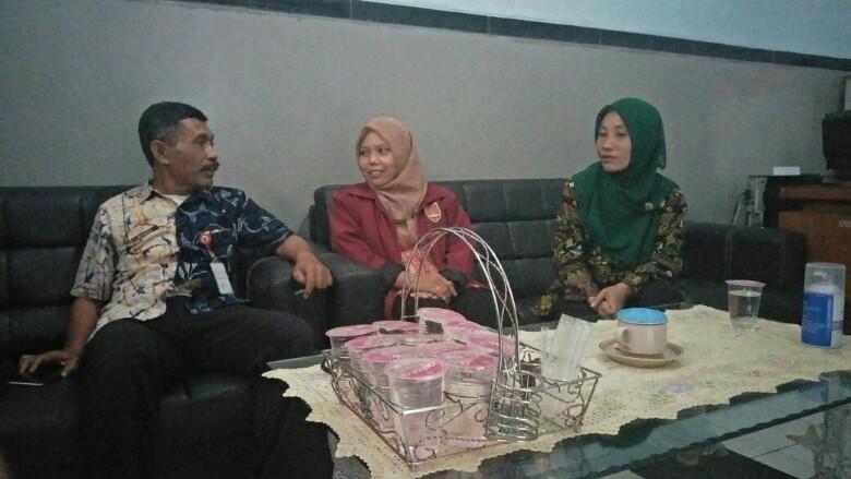 Kepala Panti Rehabilitasi Sosial Among Jiwo Semarang, Sudiyono, saat berbincang dengan TPD di ruang kantornya, (22/2/2018).