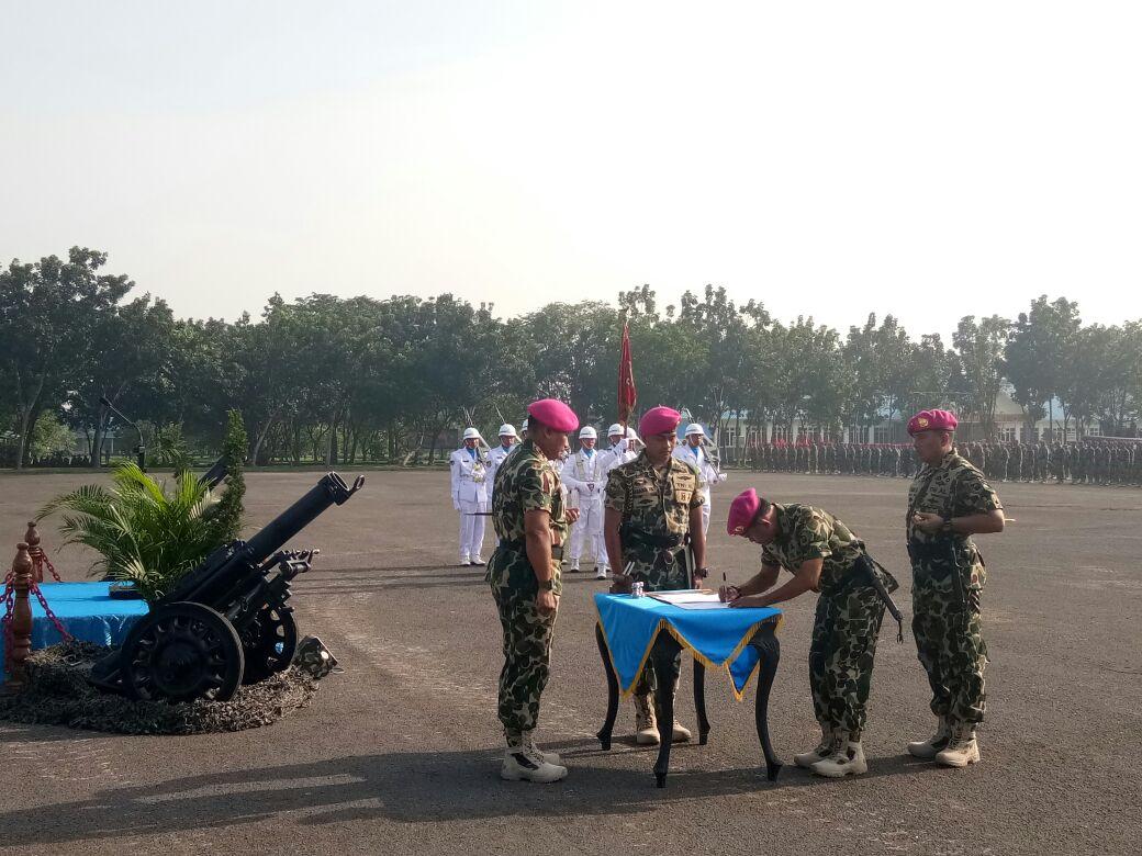 Serah Terima Jabatan Komandan PASMAR-1, Surabaya