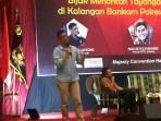Komisioner KPI Mayong Suryo Laksono saat memaparkan materi di talk show literasi media di Kota Semarang