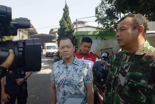 Satgas Citarum Harum Sektor 21 Tutup Lubang pembuangan limbah PT Mulia Lestari