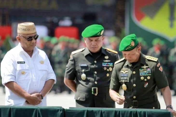 Kepala Staf Angkatan Darat (Kasad) Jenderal TNI Mulyono pada peresmian Pembentukan Korem 133/Nani Wartabone (NW), Kodam XIII/Merdeka di Provinsi Gorontalo, Kamis (13/9/2018).