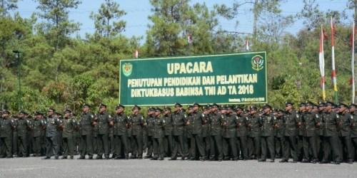 Penutupan pendidikan pembentukan Bintara Khusus (Basus) Babinsa tahun 2018 bertempat di Dodik Secaba Rindam III/Siliwangi Bihbul, Jalan Sindanglaya No. 1, Desa Sindanglaya, Kecamatan Cimenyan, Kab. Bandung, Rabu (12/9/2018).