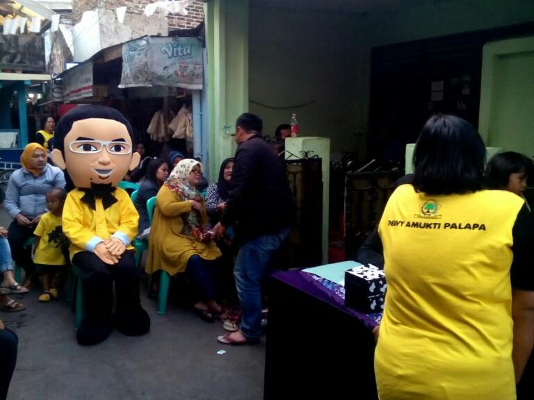 Maskot caleg Partai Golkar Kota Bandung nomor urut 2, Deavy Amukti Palapa