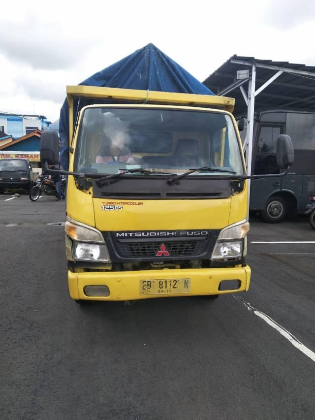 dump truck yang menggilas kepala korban