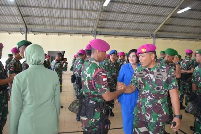 Danlantamal VII menyambut prajurit Satgas PAM Pulau Terluar NTT