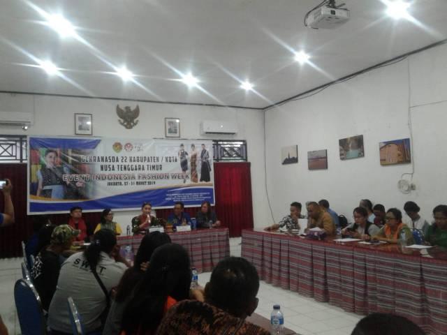 Julie S Laiskodat Ketua Dekranasda Provinsi NTT IFW 2019