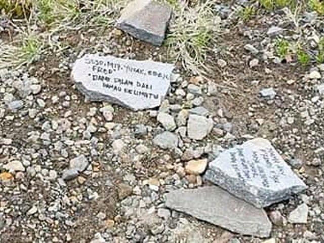 aksi vandalisme di kawasan wisata Danau Kelimut banjir kecaman
