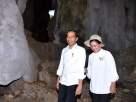 Presiden Jokowi dan Ibu Iriana menyusuri Gua Batu Cermin