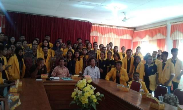Rombongan mahasiswa KKN Undana Kupang diterima Pemkab Flotim