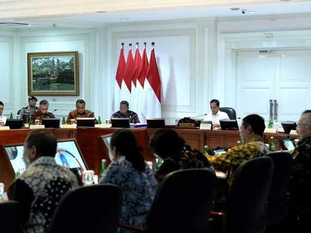 Presiden Jokowi_antisipasi_penurunan_ekonomi_global