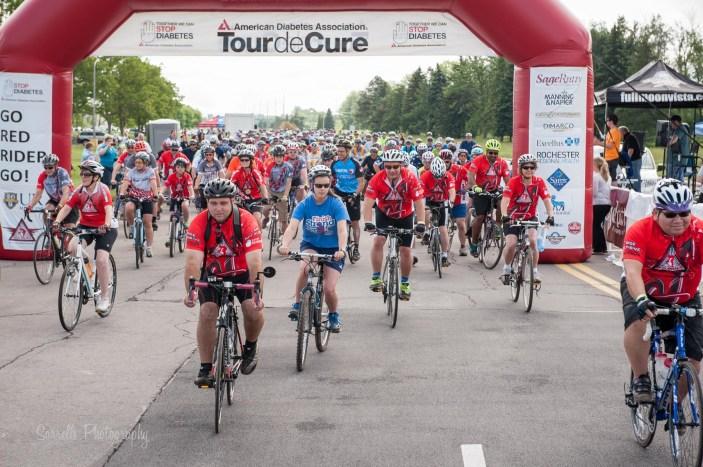 Cyclists for Tour de Cure Rochester
