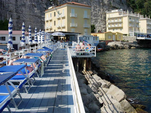 Restaurant Bagni Delfino  Sorrento and Amalfi Coast