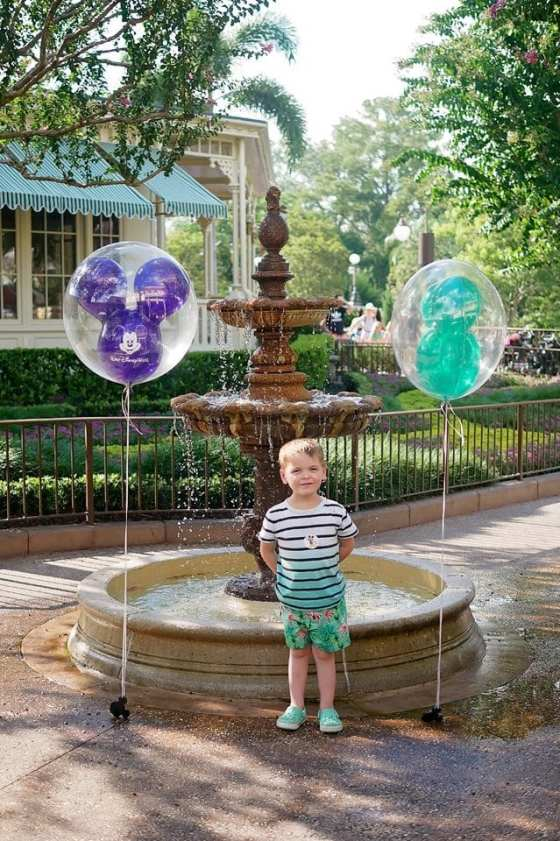disney world mickey balloons