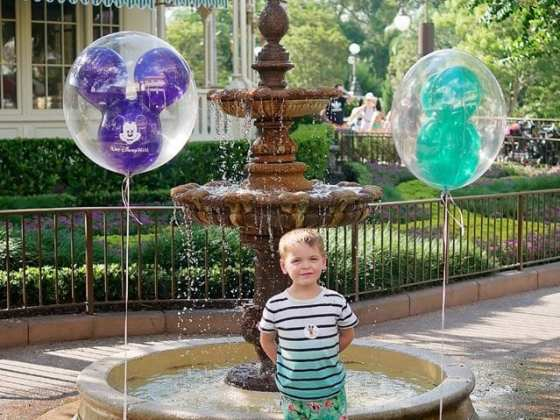 disney world mickey balloons