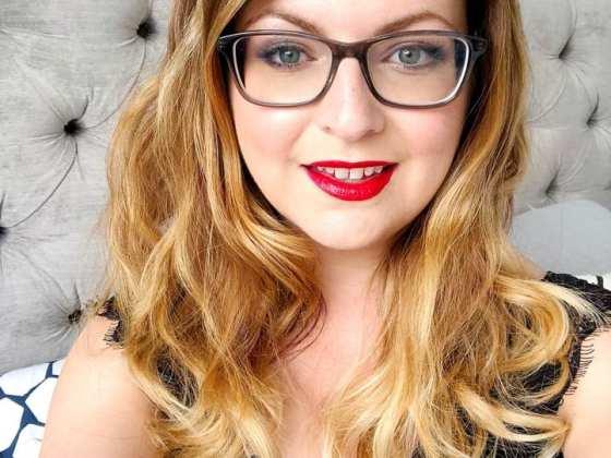 specasvers kylie minogue glasses