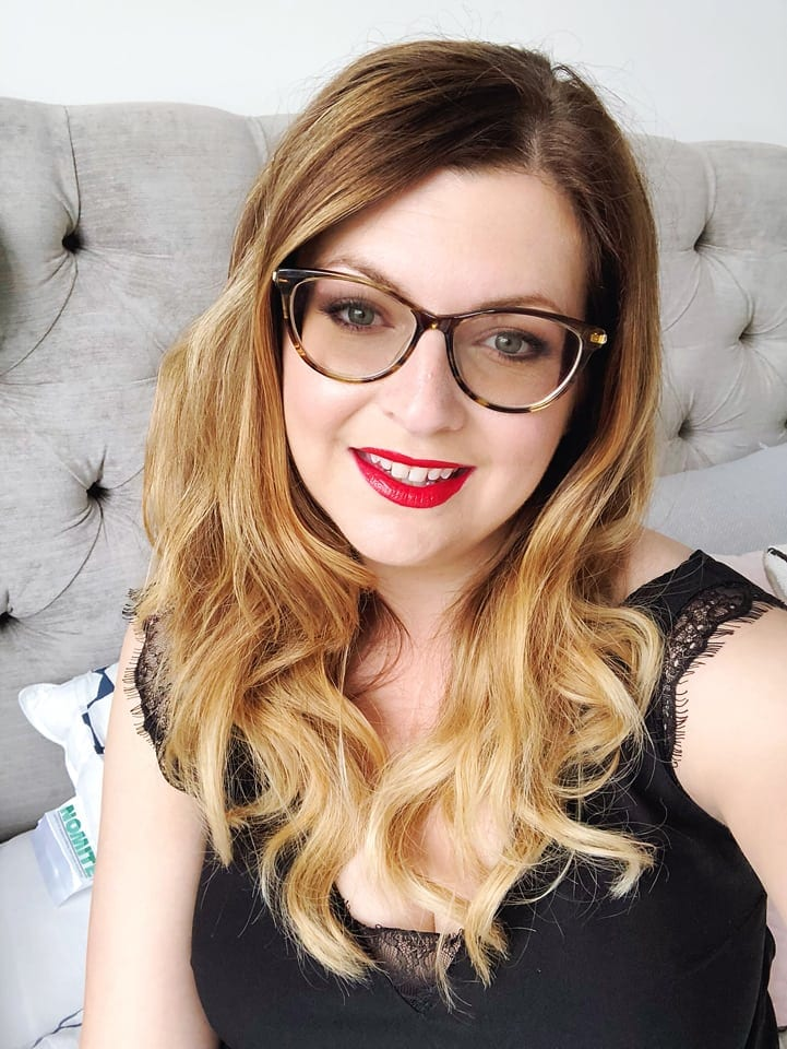 specsavers kylie glasses
